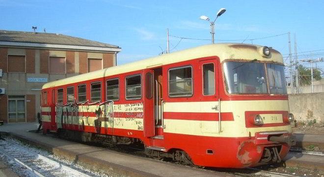 Sciopero treni e mezzi in Calabria l'8 marzo 2016