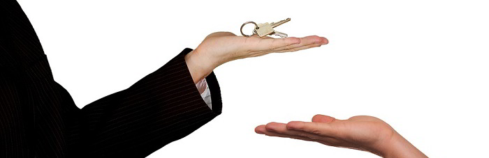 Esame da agente immobiliare: libri e quiz